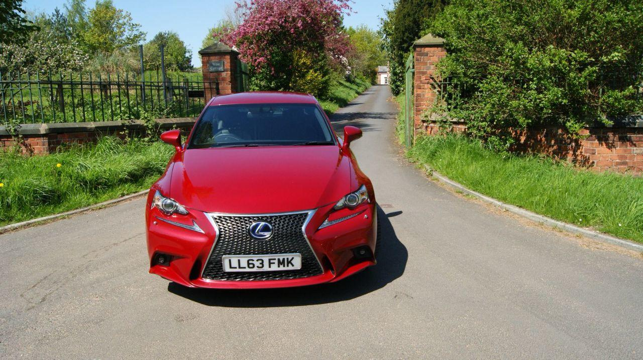 Lexus IS 2.5 300H F SPORT Saloon Hybrid Red