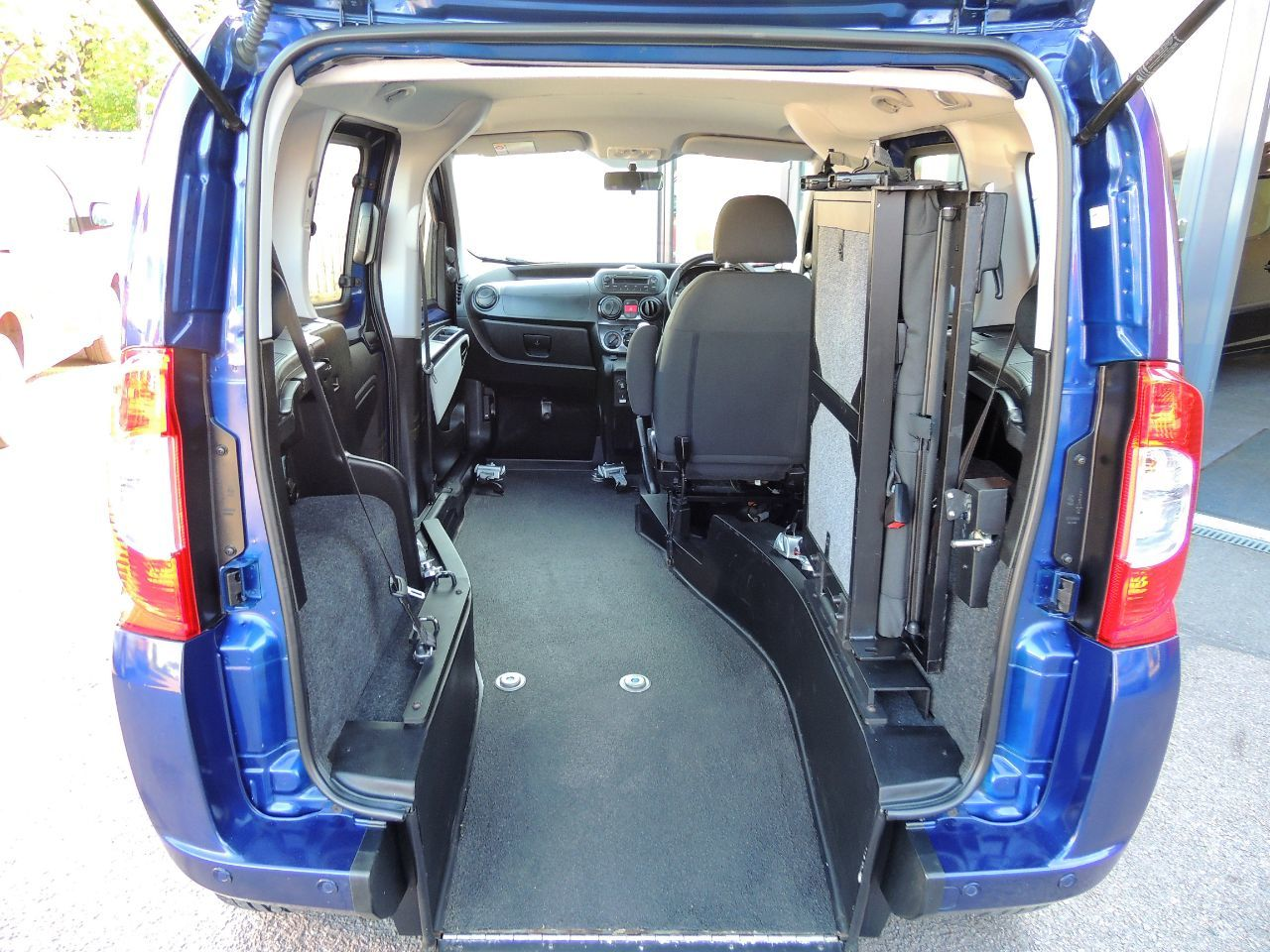 Fiat Qubo 1.4 8V MyLife Wheelchair Up Front Disabled Wheelchair Adapted Vehicle WAV Wheelchair Adapted Petrol Blue Mica