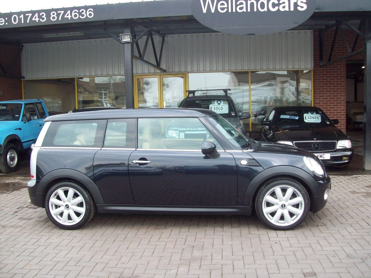 Mini Clubman 1.6 Cooper Clubman 5dr (Chilli Pack) Full Beige Leather, Low Miles Only 44,000 Estate Petrol Black at Welland Cars Shrewsbury