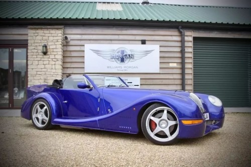 Morgan Aero 8 4.4 PLUS 8 Sports Petrol Blue