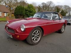 MG MGB 2.0 mgb b Convertible Petrol Red at Car Care Preston Preston