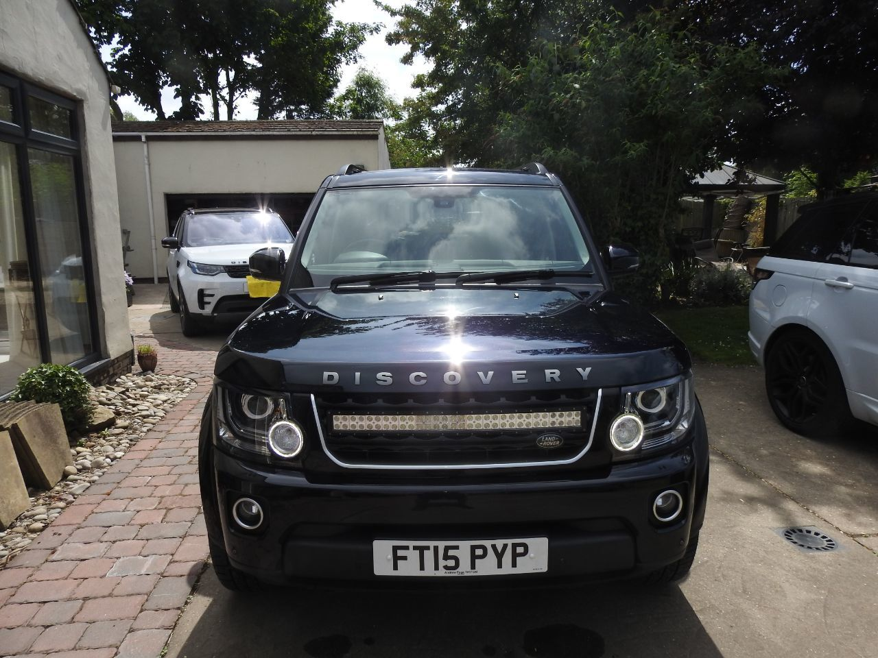 Land Rover Discovery 4 3.0 XS Commercial Sd V6 Auto Commercial Diesel Black