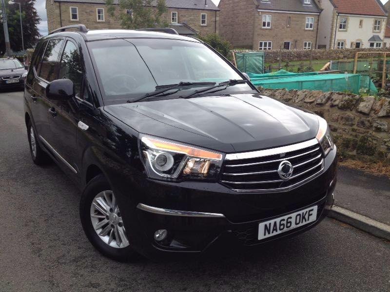SsangYong Turismo 2.2 EX 5dr Tip Auto MPV Diesel Black