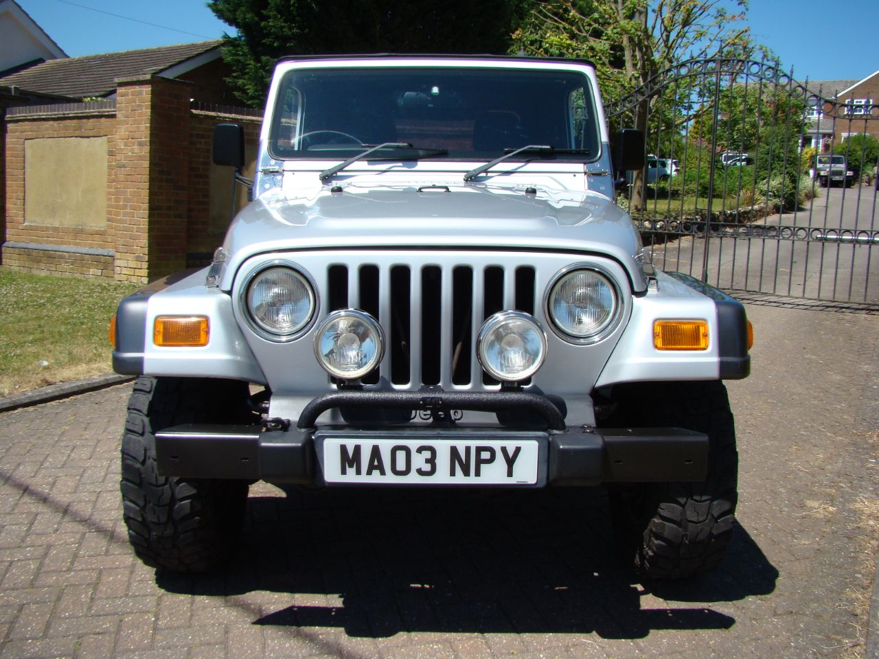 2003 Jeep Wrangler 4.0 Grizzly 2dr Soft Top