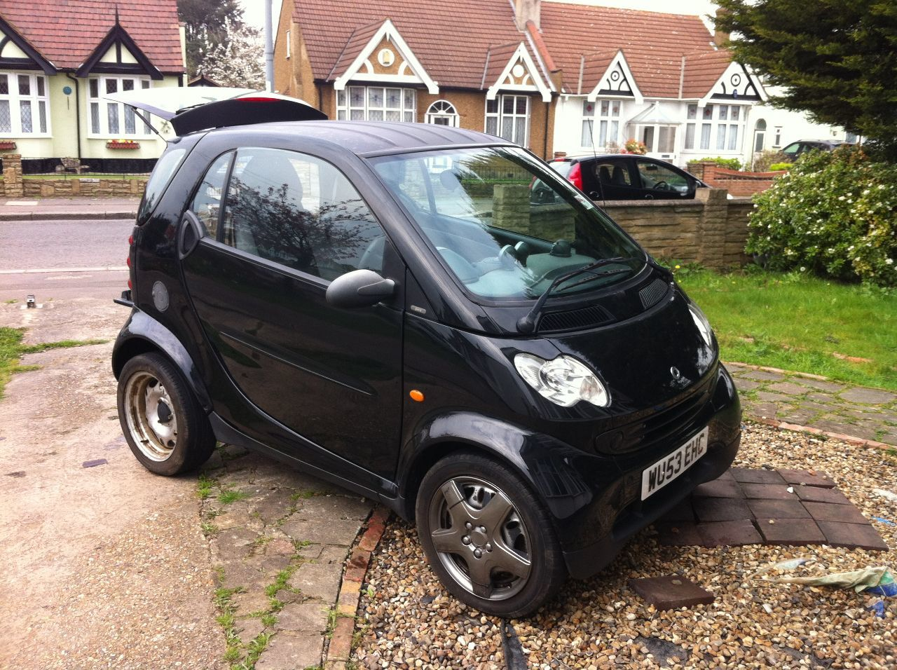 Smart City-Coupe 0.7 fortwo PURE SOFTIP (61BHP) Coupe Petrol Black