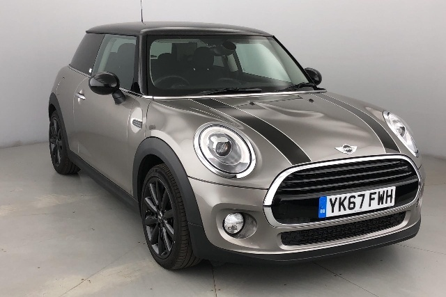 Mini Cooper D 1.5 Hatchback Diesel Melting Silver