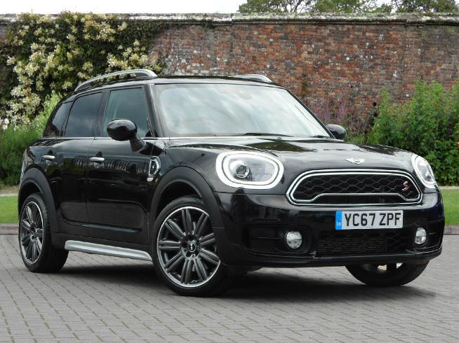Mini Cooper S 2.0 Countryman Petrol Midnight Black