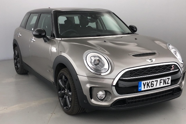Mini Cooper S 2.0 Clubman Petrol Melting Silver