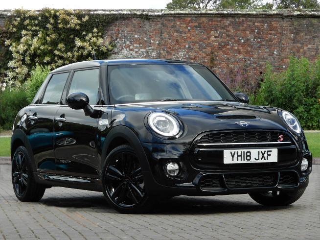 Mini Cooper S 2.0 Hatchback Petrol Midnight Black