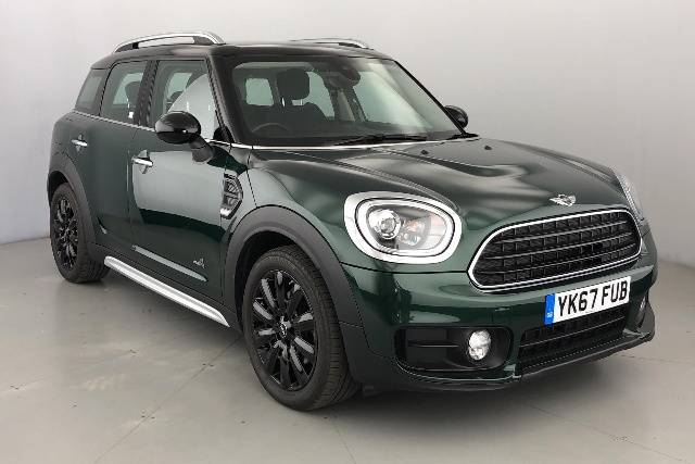 Mini Cooper D 2.0 Countryman Diesel British Racing Green
