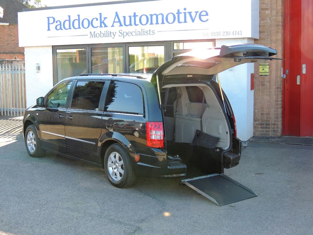 Chrysler Grand Voyager 2.8 CRD Touring Auto  Disabled Wheelchair Adapted Vehicle WAV Wheelchair Adapted Diesel Black Mica