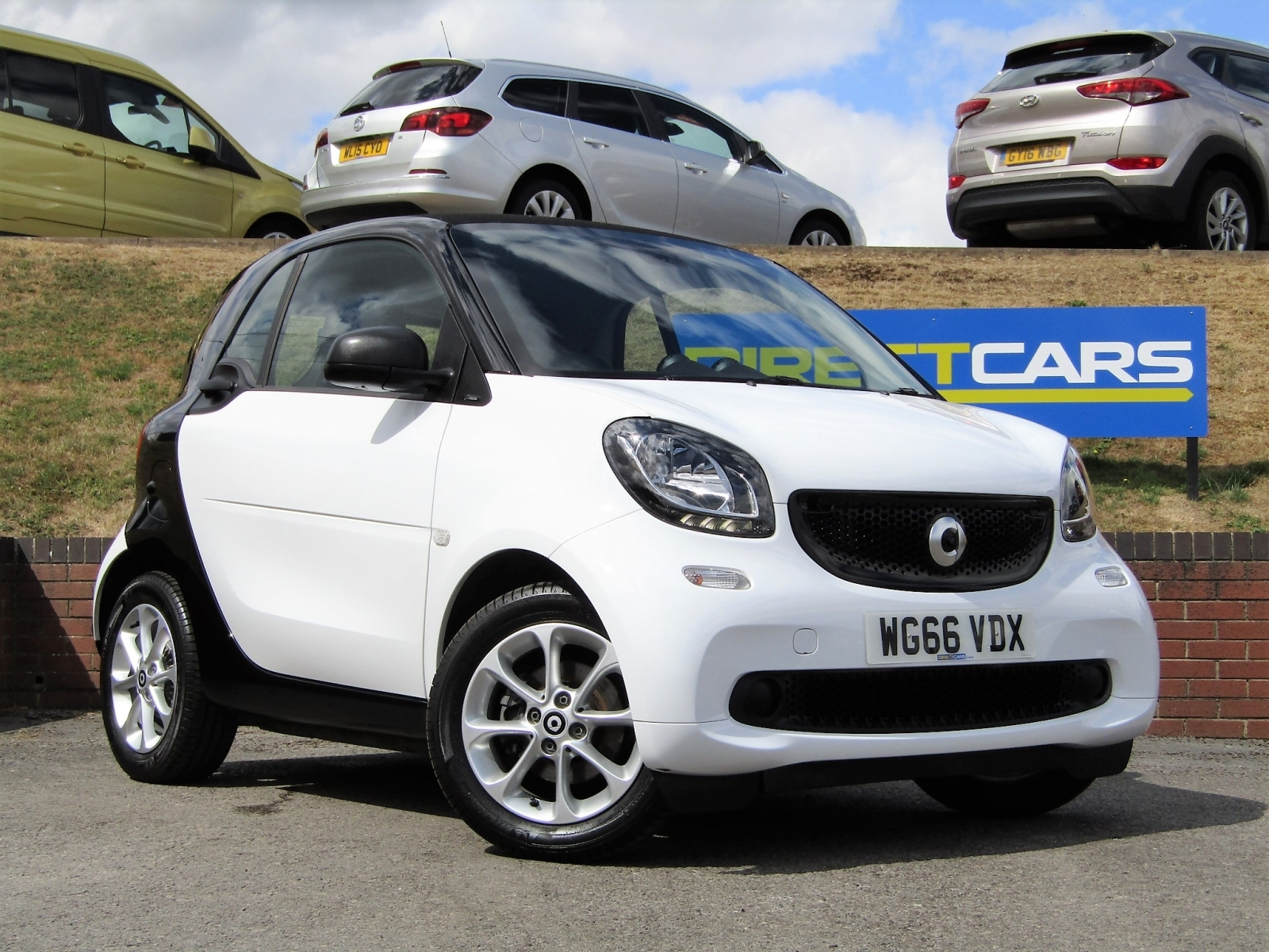 Smart Fortwo 1.0 Passion 2 Coupe Petrol Coupe Petrol Solid White