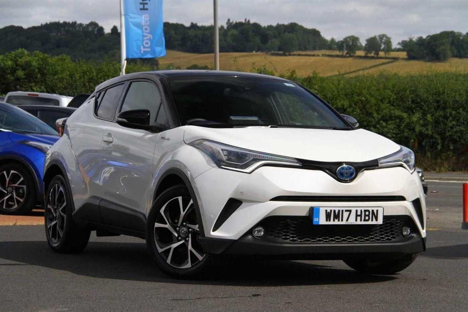 Toyota C-hr 1.8 (122bhp) Dynamic Coupe Hybrid White
