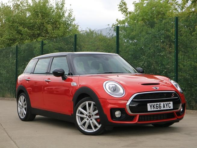 Mini Cooper S 2.0 Clubman Diesel Chili Red