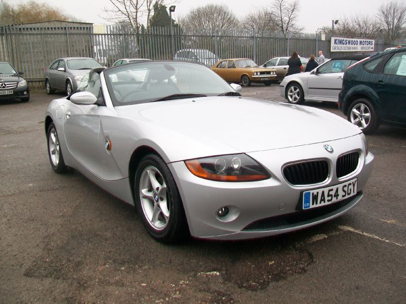 BMW Z4 2.2 SE,Only 68,000 Miles,Leather Interior Convertible Petrol Silver