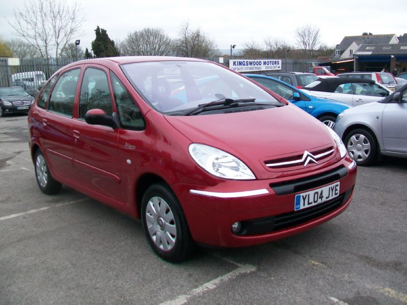 Citroen Xsara Picasso 1.6 16V Exclusive MPV Petrol Red