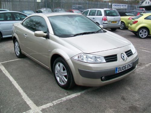 used renault megane and second hand renault megane in radstock. Black Bedroom Furniture Sets. Home Design Ideas