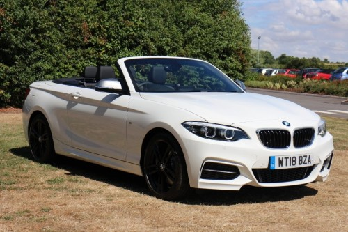 BMW 2 Series 3.0 M240i Convertible Convertible Petrol White