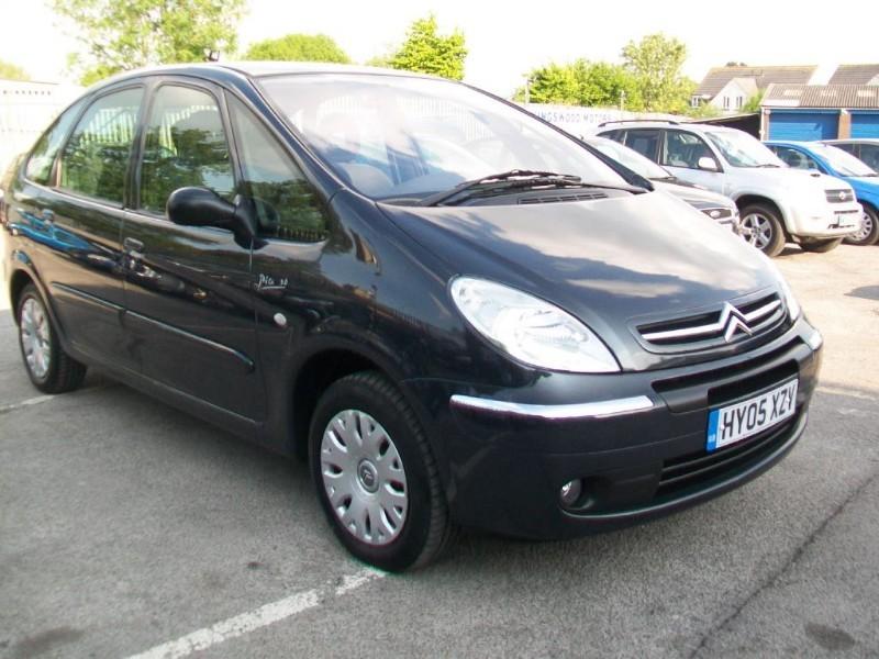 used citroen xsara picasso and second hand citroen xsara picasso in bristol. Black Bedroom Furniture Sets. Home Design Ideas