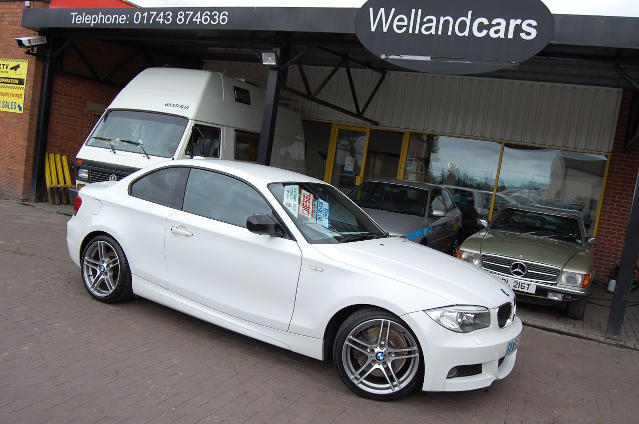 BMW 1 Series 2.0 123d M Sport Plus Edition Coupe 2dr 1 Former Keeper Full BMW Service History Coupe Diesel Alpine White at Welland Cars Shrewsbury