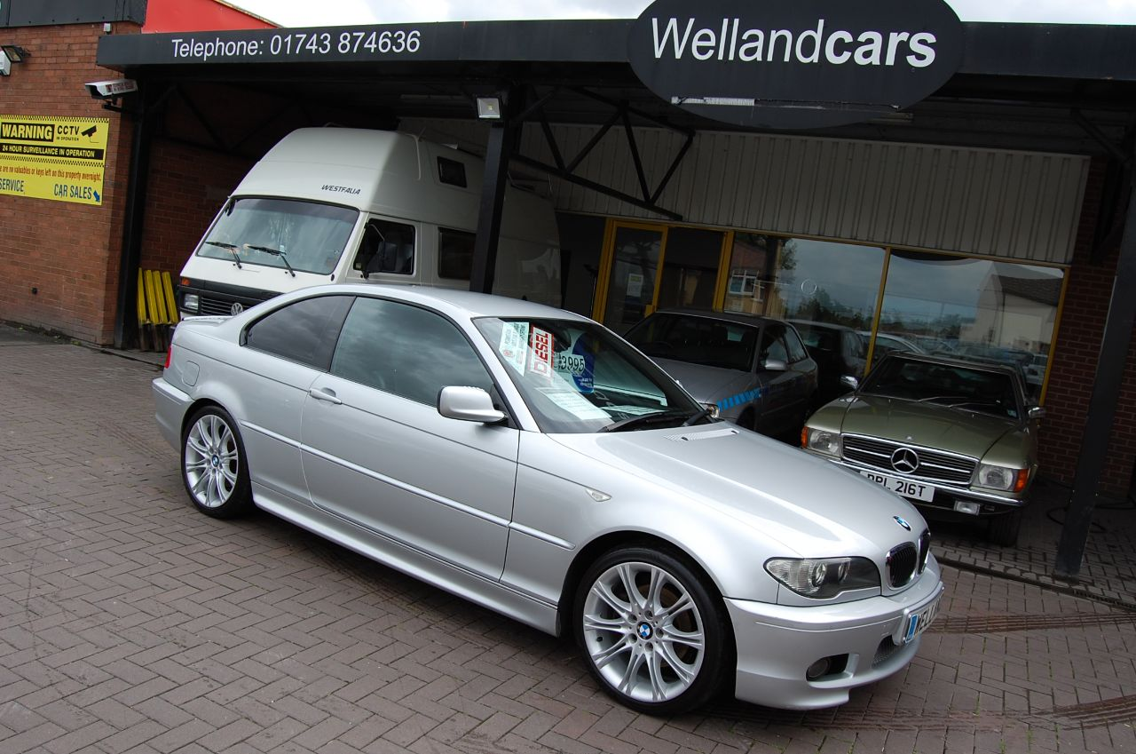BMW 3 Series 2.0 320 CD SPORT COUPE 6 SPEED MANUAL TOUCH SCREEN NAVIGATION FULL SERVICE HISTORY Coupe Diesel Silver at Welland Cars Shrewsbury