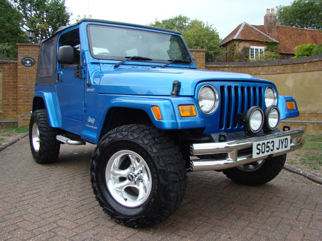 Jeep Wrangler 4.0 Sport TR2 2dr Estate Petrol Blue at Claridges Cars Leighton Buzzard