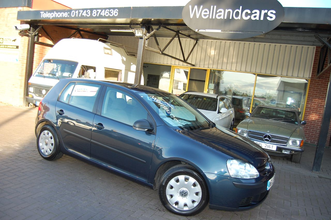 Volkswagen Golf 1.9 S TDI 5 SPEED MANUAL A/C FULL SERVICE HISTORY Hatchback Diesel Blue at Welland Cars Shrewsbury