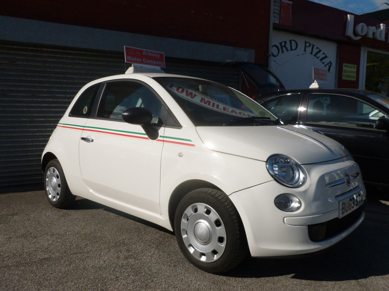 Fiat 500 1.2 Pop 3dr [Start Stop] Hatchback Petrol White at AJM Autos Leeds Leeds