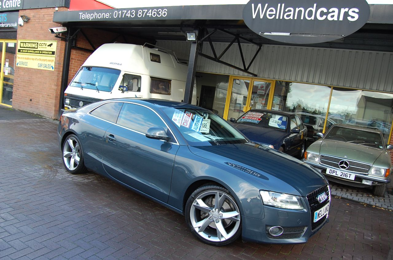 Audi A5 3.0 TDI QUATTRO 2 DOOR COUPE AUTO 1 FORMER KEEPER HUGE SPECIFICATION Coupe Diesel Grey at Welland Cars Shrewsbury
