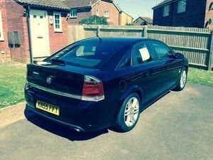 Vauxhall Vectra 2.2 SRI 16V HATCHBACK PETROL BLACK