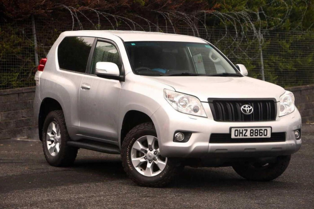 Toyota Land Cruiser 3.0 D-4D LC3 3dr [190] 5 Seats Four Wheel Drive Diesel Silver