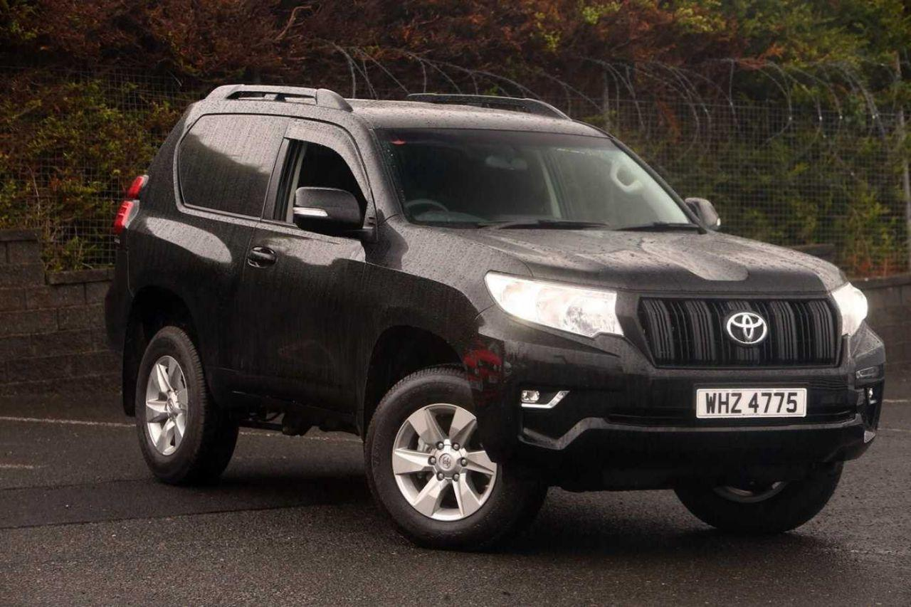 Toyota Land Cruiser 2.8D Utility Commercial SWB 3DR Four Wheel Drive Diesel Black