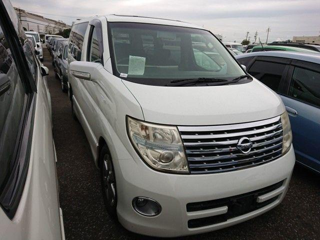 Nissan Elgrand 3.5 Highway-Star MPV Petrol Unmarked Pearl White