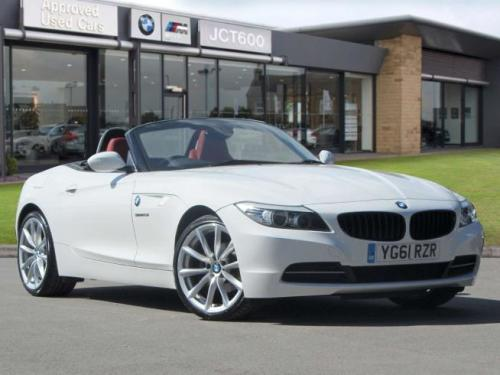 BMW Z4 2.5 Roadster Petrol Alpine White