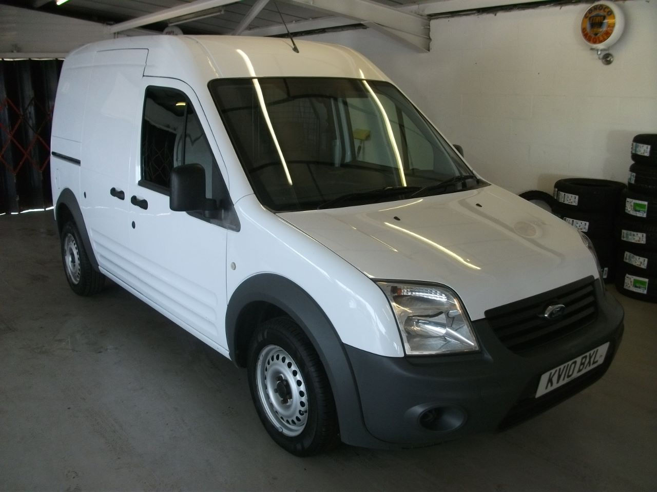 Ford Transit Connect 1.8 High Roof Van TDCi 90ps Van Diesel White at Lido Garage Hartlepool