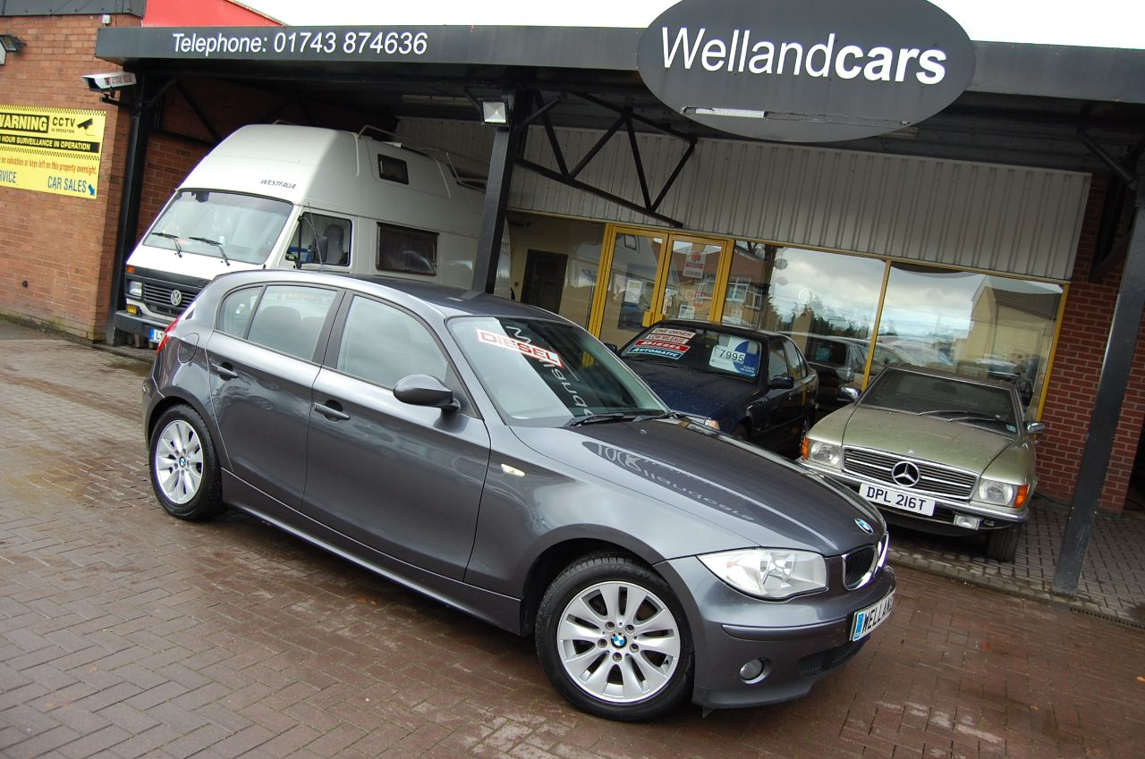 BMW 1 Series 2.0 118d SE 5 DOOR 6 SPEED MANUAL FULL SERVICE HISTORY 12 MONTHS MOT Hatchback Diesel Grey at Welland Cars Shrewsbury
