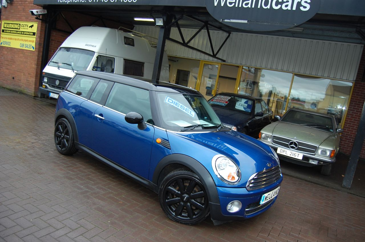 Mini Clubman 1.6 COOPER D 5 DOOR 6 SPEED FULL LEATHER # DEPOSIT TAKEN # Estate Diesel Blue at Welland Cars Shrewsbury