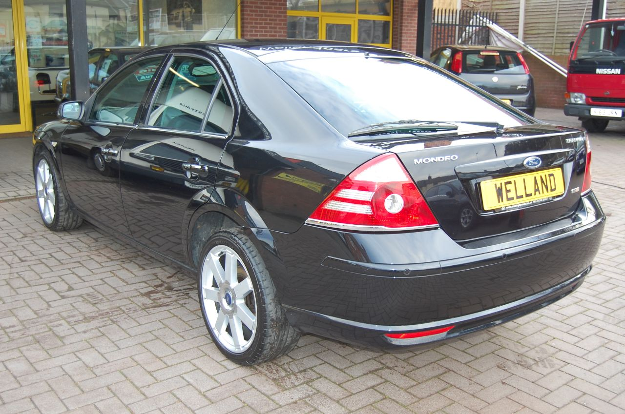 2006 Ford Mondeo 2.2TDCi TITANIUM X 5 DOOR 6 SPEED HALF LEATHER HEATED SEATS SERVICE HISTORY