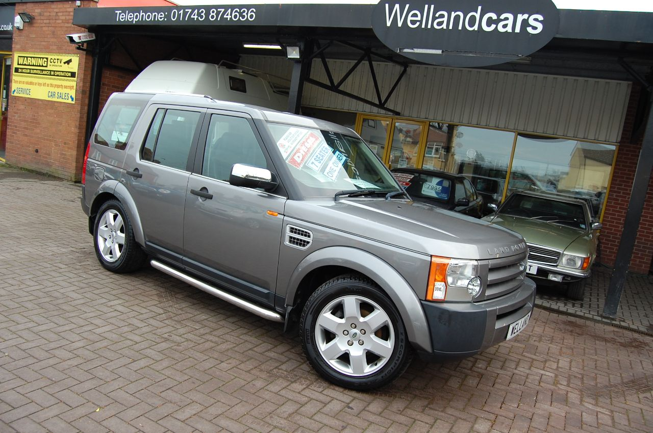 Land Rover Discovery 2.7 Td V6 GS 5 DOOR 6 SPEED MANUAL 1 OWNER FULL SERVICE HISTORY VERY LOW MILEAGE Estate Diesel Grey at Welland Cars Shrewsbury