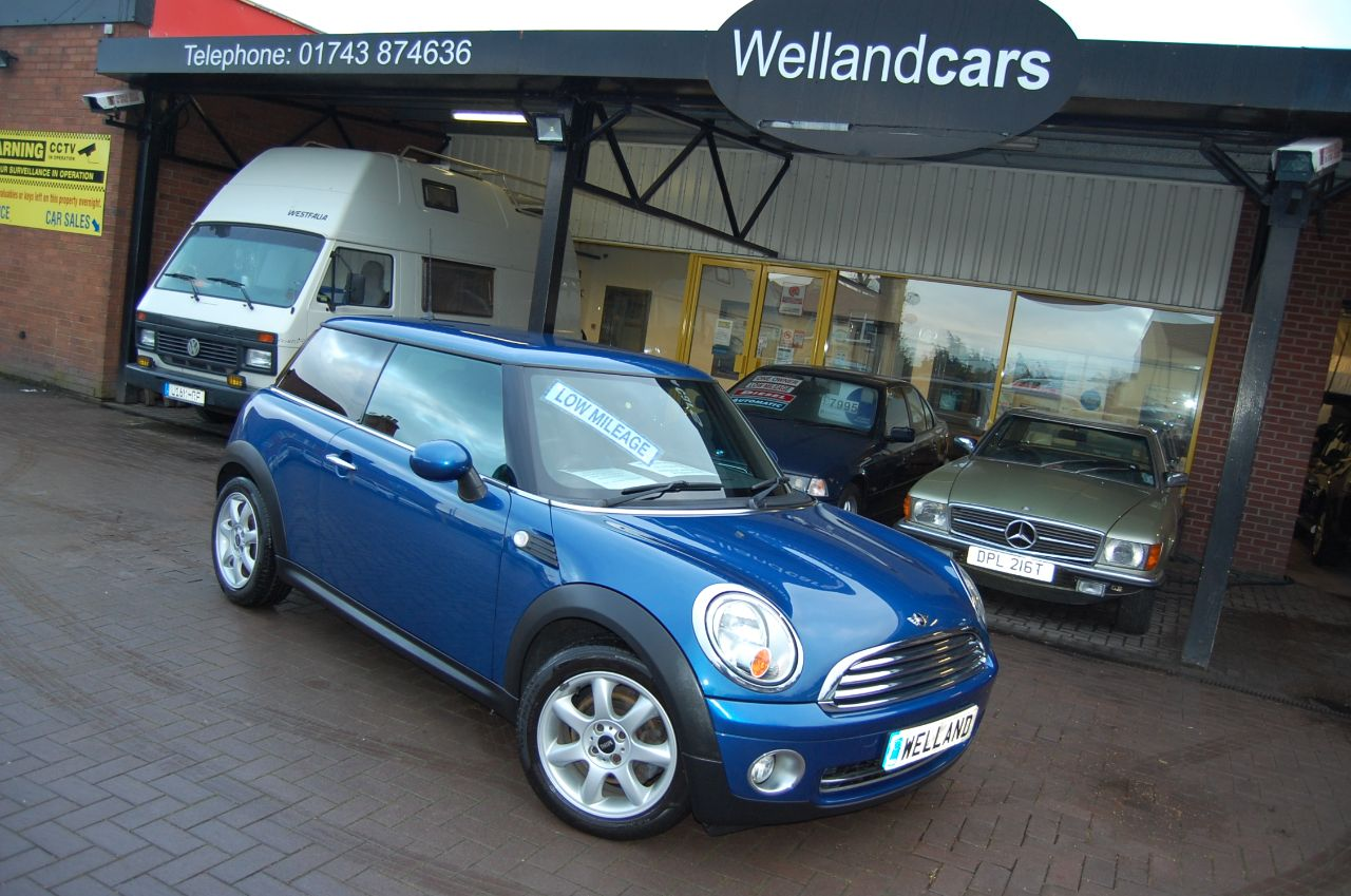 Mini Hatchback ONE 1.4 3 DOOR 6 SPEED MANUAL PEPPER PACK LOW INSURANCE GROUP INSURANCE, IDEAL FIRST CAR FSH Hatchback Petrol Blue at Welland Cars Shrewsbury