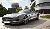 Mercedes Benz SLS Roadster AMG vs. McLaren MP4-12C 2dr
