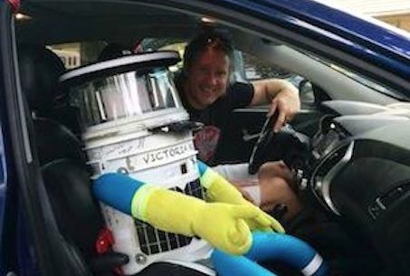 Meet HitchBOT