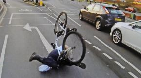Top 11 Most Annoying things Cyclists Do