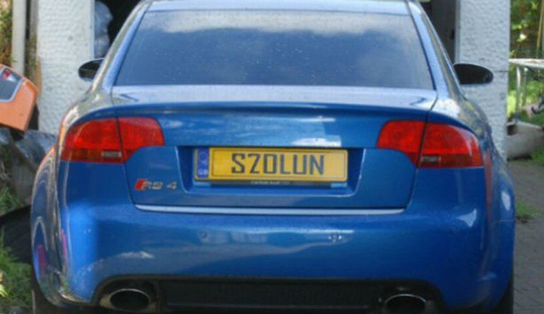 570L3N licence plate nicked