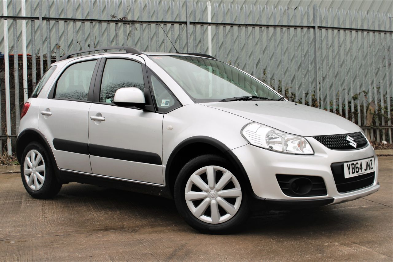 Suzuki SX4 1.6 SZ3 5dr, VERY LOW MILEAGE Hatchback Petrol Silky Silver Metallic at Luscombe Qashqai Comparison Leeds