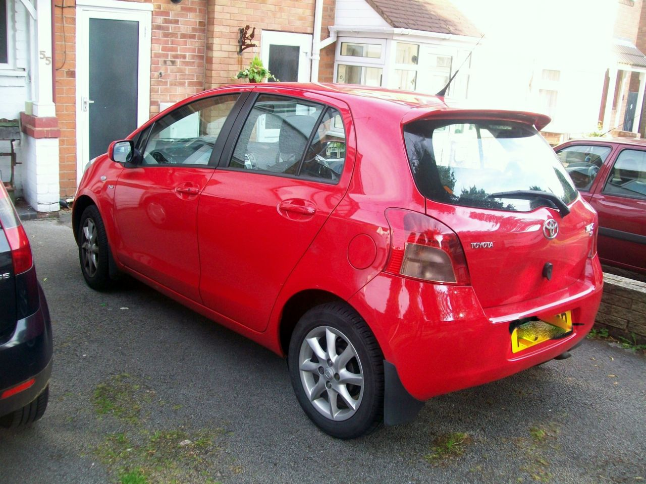 used toyota yaris and second hand toyota yaris in west midlands. Black Bedroom Furniture Sets. Home Design Ideas