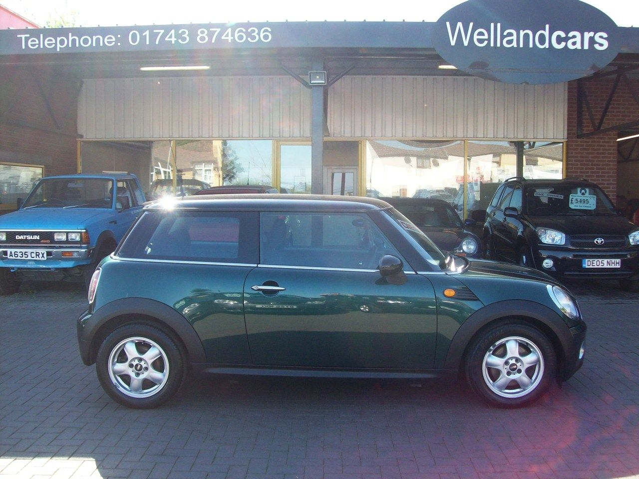 Mini Hatchback 1.6 Cooper D 3dr, F/S/H, 1 Previous Owner, Only £20 Tax and up to 80 MPG !!! Hatchback Diesel Green at Welland Cars Shrewsbury