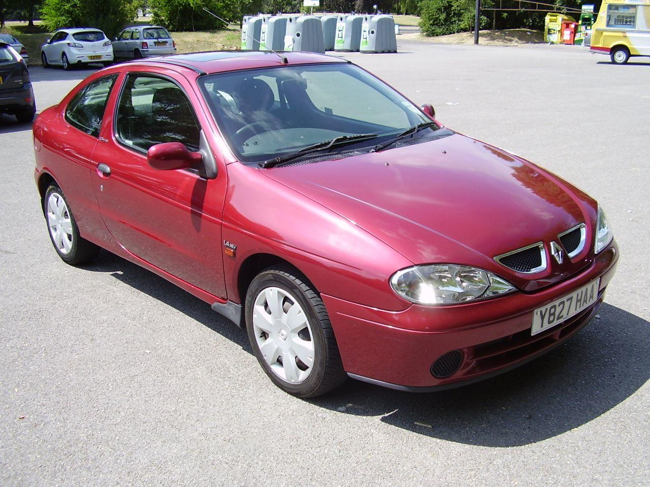 Renault Megane 1.4 EXPRESSION 16V COUPE Coupe Petrol Red