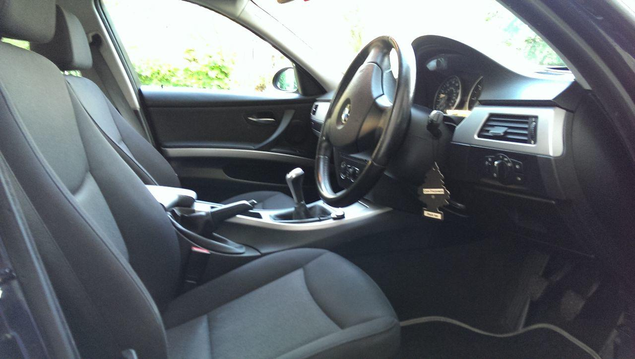 BMW 3 Series 2.0 320I ES SALOON PETROL BLACK