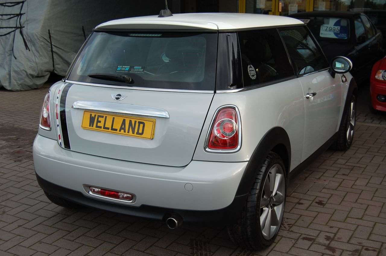 2012 Mini Hatchback 1.6 COOPER LONDON 2012 3 DOOR 6 SPEED MANUAL FULL SERVICE HISTORY 1 OF 2012 MADE